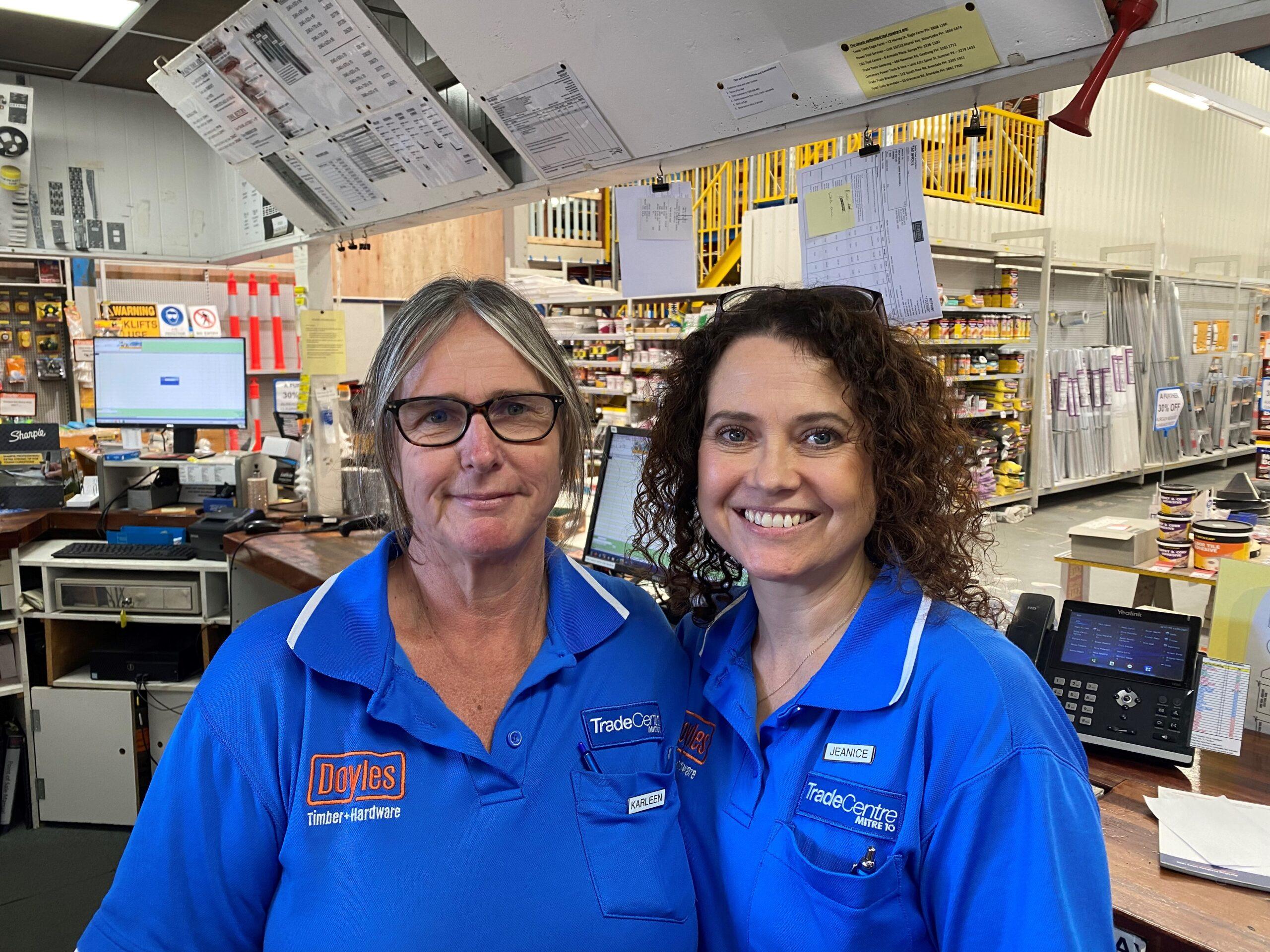 Cashiers Jeanice and Karleen